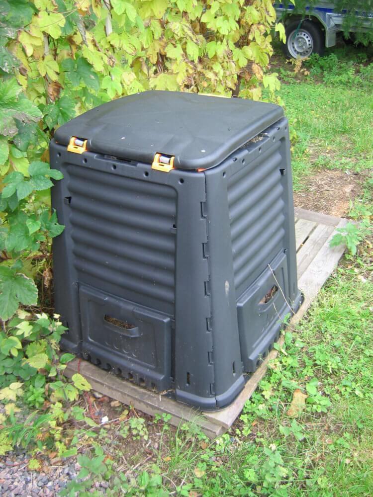 Platový kompostér